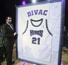 hornets_kings_divac_honored_basketball_athlebrity